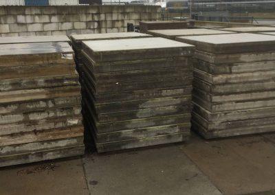 Sterke Betonplaten 200x200x020 zonder hijsvoorziening 40 ton aslast